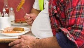 El consumo en exceso de azúcar se convierte en grasa.