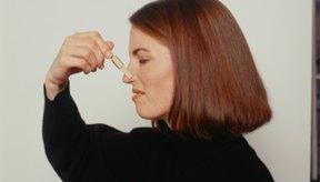 Las pinzas nasales ayudan a mantener el agua fuera de tu nariz al nadar.