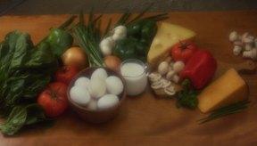 Si añades muchos vegetales, un omelette de verdura aún puede ser bajo en calorías.