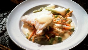 Sirve la gallineta con vegetales o papas, o junto a una ensalada.