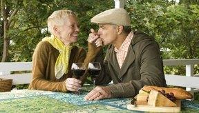 El consumo de alcohol puede conducir a problemas de retención de líquidos.