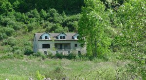 These 10 Abandoned Buildings in Virginia Will Send Chills Down Your Spine