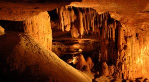 12 Caves In Tennessee That Are Like Entering Another World