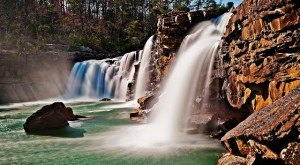 Most People Don't Know These 10 Amazing Waterfalls Are Hiding In Alabama