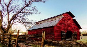 You Will Fall In Love With These 10 Beautiful Old Barns In North Carolina