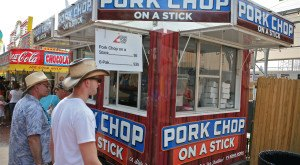 15 Mouthwatering, Button-Bursting Foods You Will Find At The Iowa State Fair