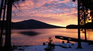 11 Gorgeous Lakes In Oregon That Are Demanding Your Attention