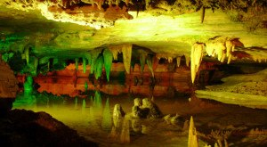 7 Caverns In Virginia That Are Like Entering Another World