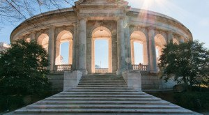 These 16 Pieces Of Architectural Brilliance In Virginia Could WOW Anyone