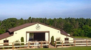 Couples Will Love Taking Their Vows At These 12 Rustic Locations In Arkansas