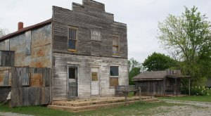 Visit These 5 Creepy Ghost Towns In Oklahoma At Your Own Risk
