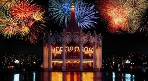 10 Epic Fireworks Shows In Illinois That Will Blow You Away This Year