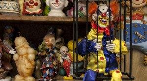 This Disturbing Clown Motel In A Small Nevada Town Is Just Plain Creepy