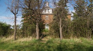 10 Abandoned Places In North Dakota That Nature Is Reclaiming
