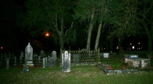 12 Photos of Cemeteries In Florida That Will Give You Goosebumps