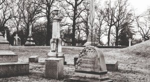 5  Disturbing Cemeteries in Missouri That Will Give You Goosebumps