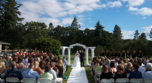 13 Epic Spots To Get Married In Oregon That'll Blow Guests Away