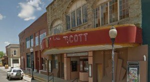 These Are The 20 Coolest Historic Movie Theaters In Arkansas