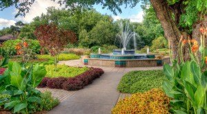 Here Are The 5 Most Beautiful Gardens You'll Ever See In Kansas