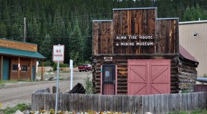 Most People Don't Know These 15 Super Tiny Towns In Colorado Exist