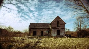 11 Creepy Houses In Indiana That Could Be Haunted
