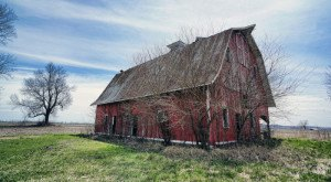You Will Fall in Love With These 15 Beautiful Old Barns in Missouri