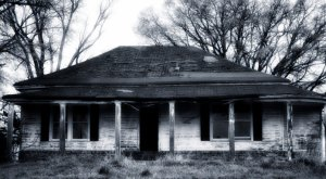 11 Creepy Houses In Mississippi That Could Be Haunted