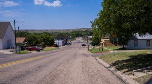 Most People Don't Know These 10 Super Tiny Towns In Texas Exist
