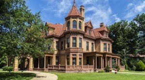 You'll Want To Visit These 7 Houses In Oklahoma For Their Incredible Pasts