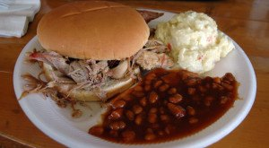 Everyone In Arkansas Absolutely Loves These 10 Foods And Drinks