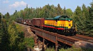 20 Beautiful Trains Passing Through Minnesota To Take You Back
