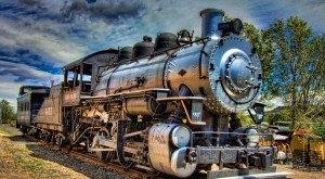 16 Beautiful Trains Passing Through Colorado To Take You Back
