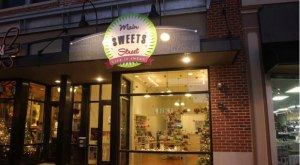 These 11 Candy Shops In Iowa Will Make Your Sweet Tooth Explode