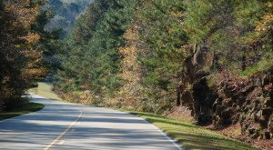 Take These 13 Country Roads In Mississippi For A Gorgeous Scenic Drive
