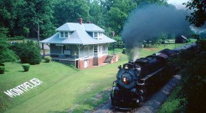 Board These 14 Beautiful Trains In Virginia For An Unforgettable Experience