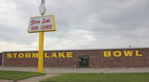 10 Retro Places In Iowa That Will Take You Back In Time