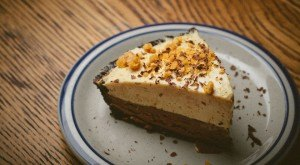 9 Places In Illinois Where You Can Get The Most Mouth Watering Pie