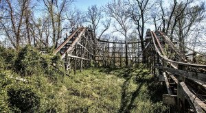 The Photos Of The Abandoned Williams Grove Amusement Park In Pennsylvania Are Chilling
