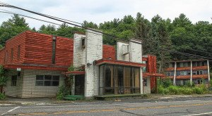 The Abandoned Penn Hills Resort In Pennsylvania Is Eerily Elegant