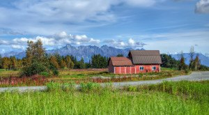 You Will Fall In Love With These 8 Beautiful Old Barns In Alaska