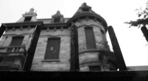 Something Beyond Terrifying Happened In This Now-Haunted Ohio Mansion