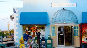 Visit This Incredibly Charming Small Town For A Taste Of Old Florida