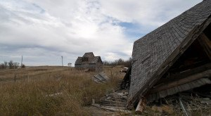 This Abandoned Ghost Town In North Dakota Is Hauntingly Beautiful