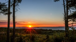 These 15 Beautiful Sunrises in Maine Will Have You Setting Your Alarm