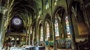 What This Photographer Captured In An Abandoned Pennsylvania Church Will Amaze You