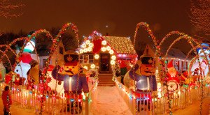 These 17 Houses In Indiana Have The Most Incredible Christmas Decorations