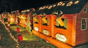 Here Are The Top 11 Christmas Towns In Iowa. They're Magical.
