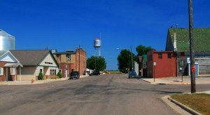 Most People Don't Know These 13 Super Tiny Towns In Minnesota Exist