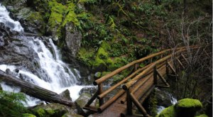 These 10 Hidden Waterfalls In Washington Will Take Your Breath Away
