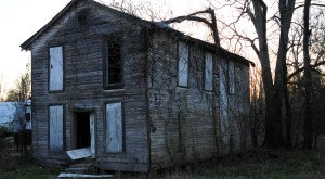 This One Creepy Ghost Town In Mississippi Is The Stuff Nightmares Are Made Of